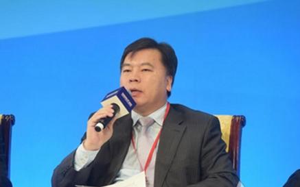 邓智毅:金融科技可能强化羊群效应和市场共振