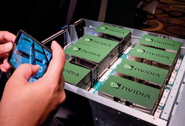 人工智能芯片卡位战:谁赌对了方向,谁就能赢