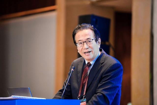 中国银行业协会协会党委书记潘光伟:金融科技赋能打造银行业数字化的新时代