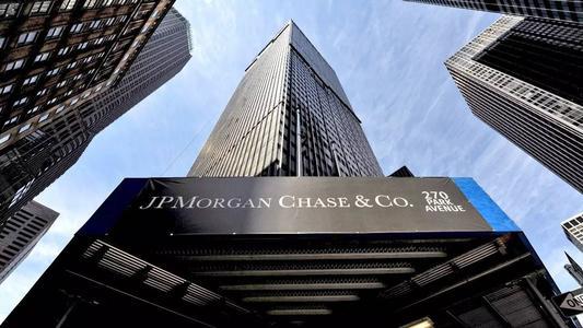 标普:疫情或使全球银行业贷款损失2.1万亿美元