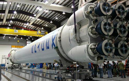 SpaceX融资19亿美元 总估值达490亿美元