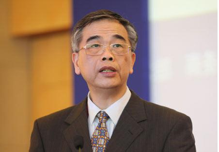 """李东荣:绝不能忽视金融科技的""""双刃剑""""效应"""