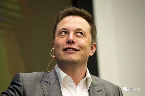特斯拉公司市值接近5000亿美元 马斯克成为全球第二大富豪
