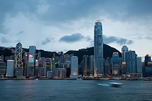 """香港8家虚拟银行全部开业 仍靠""""高息存款""""吸客"""